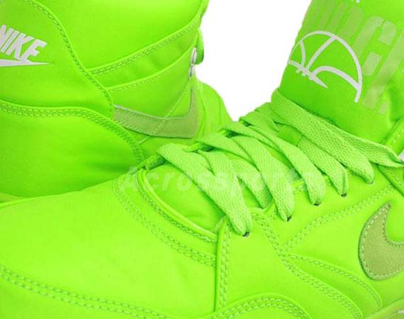 Nike Sky Force 88 Mid TXT  Electric Green  - SneakerNews.com 3cedb0ceca