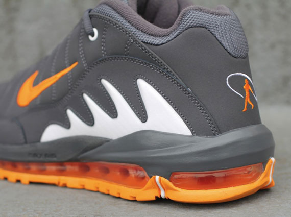 online store caa01 59e4e Nike Total Griffey Max 99 – Dark Grey – Vivid Orange