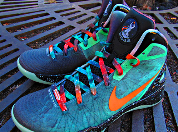 Nike Zoom Hyperdunk 2011 - Blake Griffin All-Star PE - SneakerNews.com 9ee7c3341