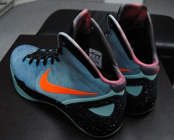 Nike Zoom Hyperdunk 2011 Supreme - Blake Griffin 'Galaxy ...  |Blake Griffin Shoes 2012 Galaxy