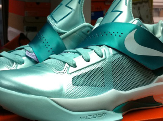 Nike Zoom KD IV 'Easter' - Release Date