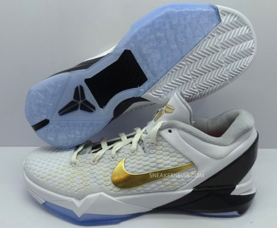 Nike Zoom Kobe 7 VII Elite Home White Metallic Gold Black