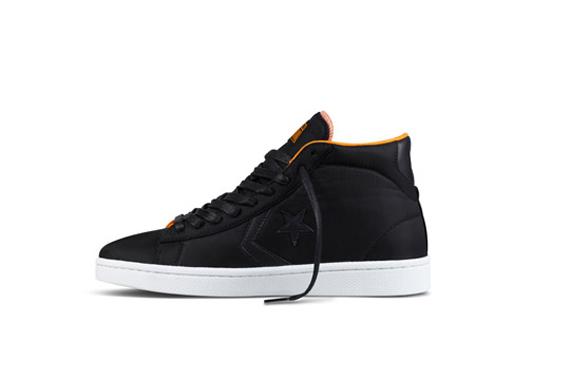 all black converse foot locker