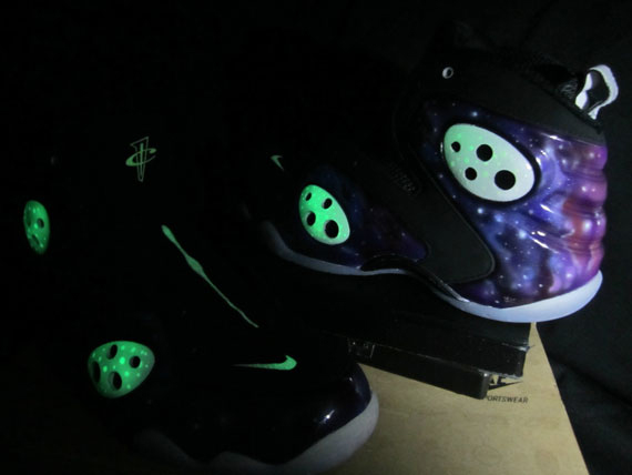 new concept b4e0a 99586 Nike Zoom Rookie LWP – Glow In The Dark  Galaxy  Customs
