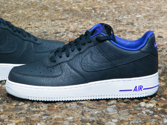 sale retailer c3ab6 d5b4c Nike Air Force 1 - King James Black Mamba Pack - SneakerNews.com
