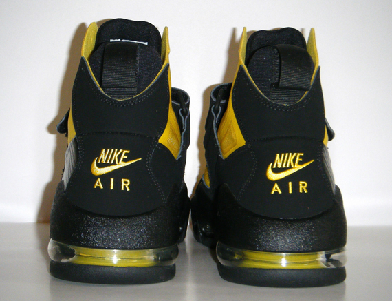 new style e1002 3fec4 Nike Air Max Express Speed Yellow Speed Yellow-Black. Advertisement. show  comments