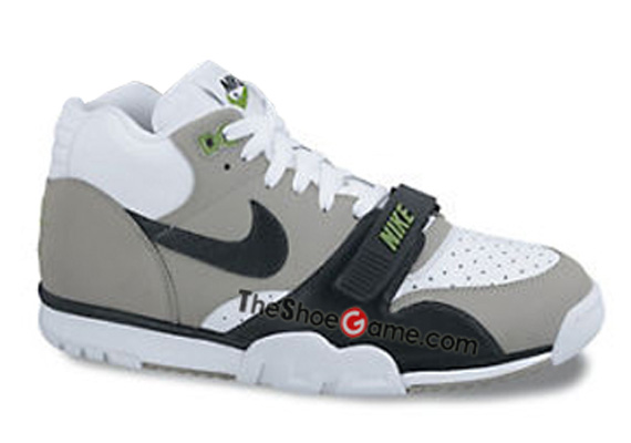pretty nice 1a2c3 2d6f9 Nike Air Trainer 1 Mid Premium - Holiday 2012 - SneakerNews.com