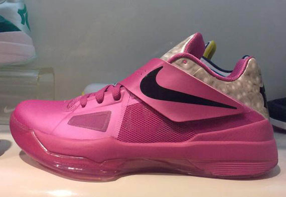 Nike Zoom KD IV 'Aunt Pearl' - SneakerNews.com