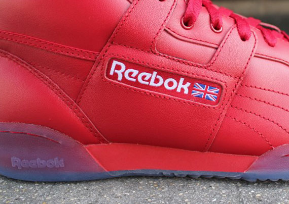Reebok Classics 'Ice Pack' | SneakerFiles