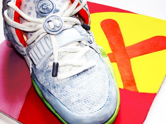 Nike Air Yeezy 2 Pure Platinum Sneaker Cake
