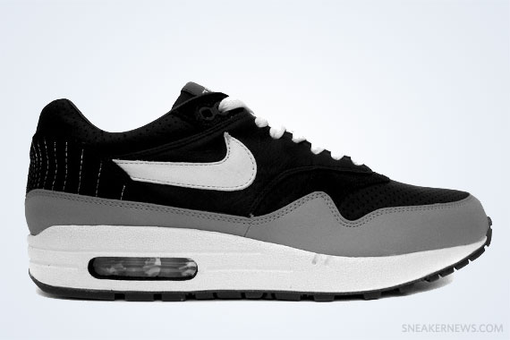 306acdee0a2 Classics Revisited  Ben Drury x Nike Air Max 1  Hold Tight  (2006)