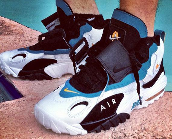 Nike Air Speed Turf Max 'Miami Dolphins' - SneakerNews.com