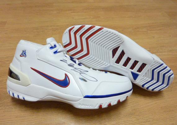 6e649e74af6 Nike Air Zoom Generation - LeBron James Autographed Pairs on eBay ...