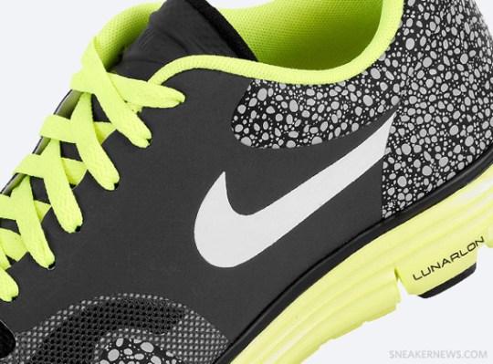 Nike Lunar Safari+ – Anthracite – Volt