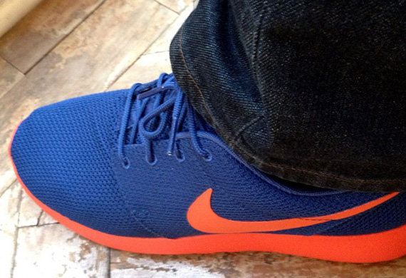 orange and blue roshe run
