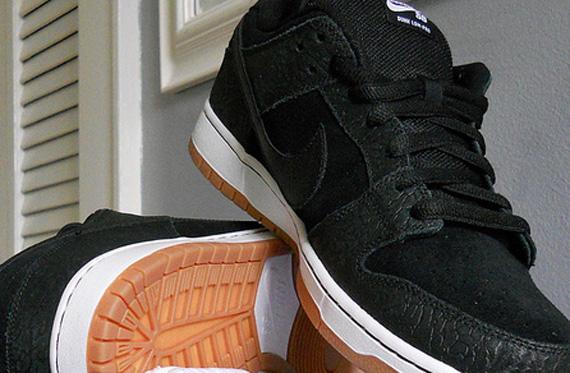 Nike SB Dunk Low  Nontourage  - Release Confirmed - SneakerNews.com d1086ca450