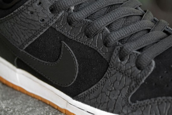Nike SB Dunk Low 'Nontourage' – Arriving at US Retailers