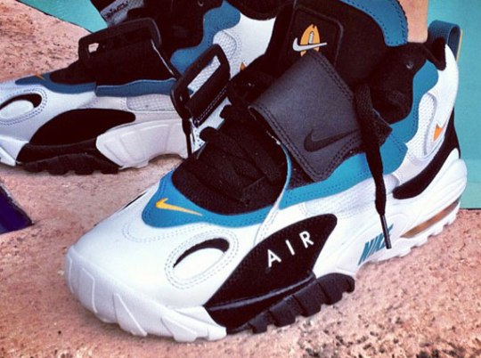 Nike Air Speed Turf Max 'Miami Dolphins'