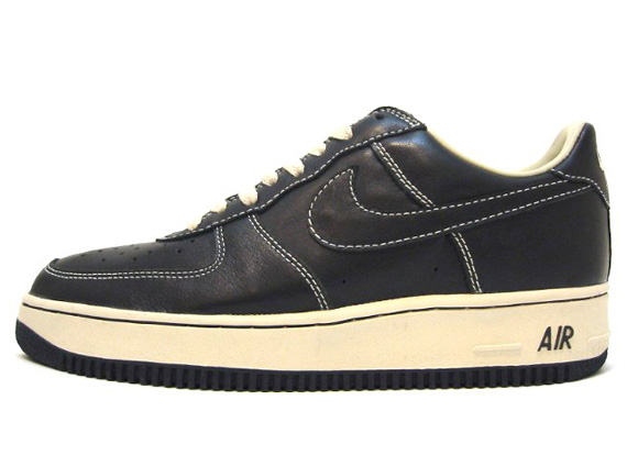 separation shoes 5ec6b 63c66 HTM x Nike Air Force 1 Low (2002)