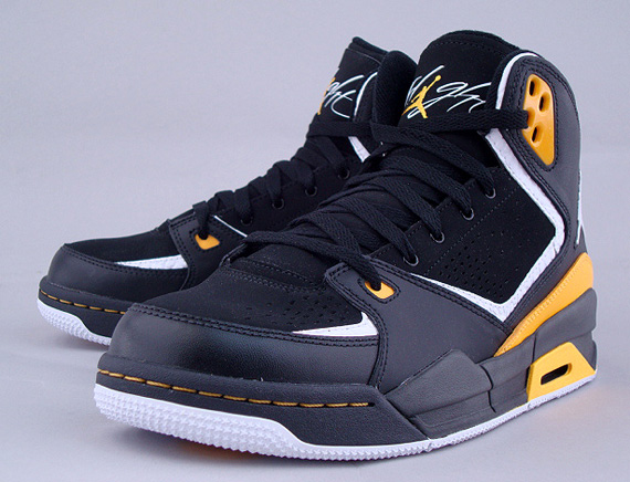 Gold University Jordan White Sc 2 Black xBodeCr