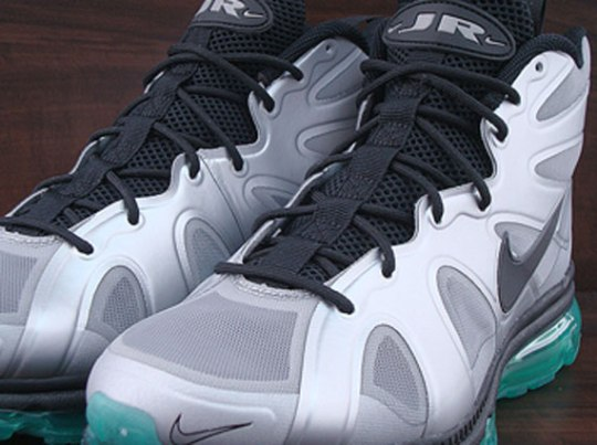 Nike Air Max Griffey Fury – Metallic Silver – New Green | Available Early