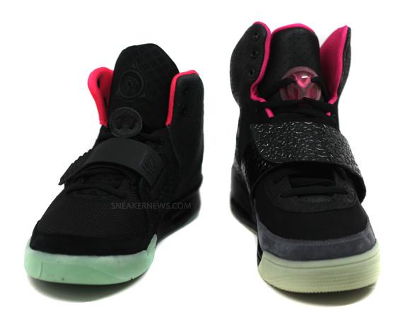 36d93a5c7802c Nike Air Yeezy