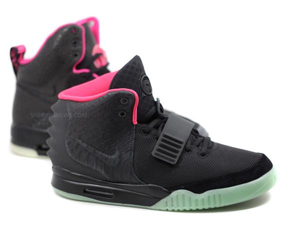 Nike Air Yeezy Black Pink 109