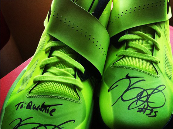 free shipping 40b89 1964c Nike Zoom KD IV – Autographed Pair For Queenie