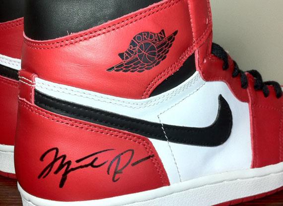 a508e7699440 Air Jordan 1 High - Autographed 1994 Retro on eBay - SneakerNews.com