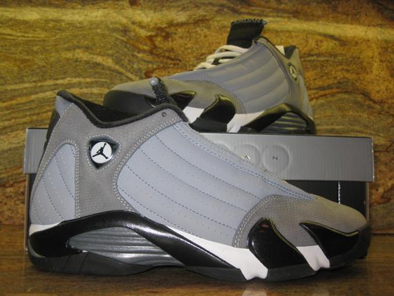73b45f5eb82bb6 Air Jordan XIV - Stealth - Black - Light Graphite - White ...