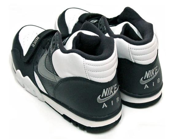 buy popular 81b06 e7ebe Nike Air Trainer 1