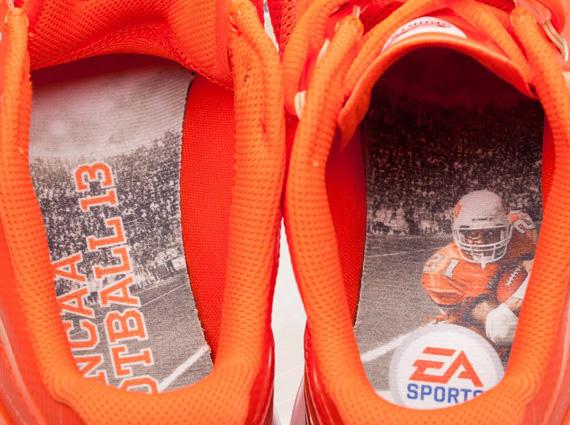 "hot sale online 751b1 9c289 EA Sports x Nike Lunar TR1+ ""NCAA Football 13"""