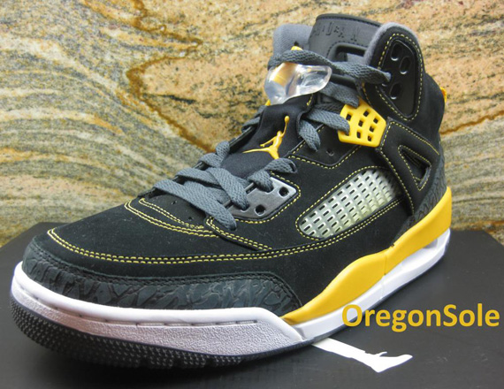 3ce08eef92a3 Jordan Spiz ike - Black - University Gold