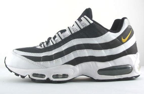 Air Max 95 juventus Nike 307272 171 whiteyellow