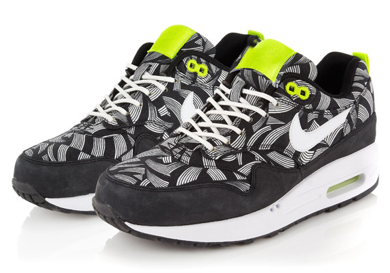 online retailer 6a088 12fda order air max price in sweden 26878 20b47  sweden show comments e1520 27f2a