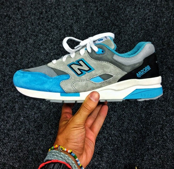 New Balance 1600 - 2013 Sample - SneakerNews.com 52ca61732