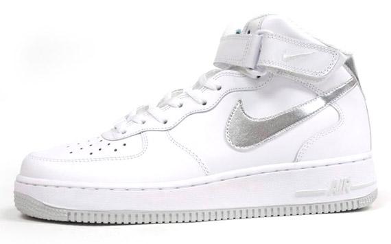 nike air force one white metallic silver