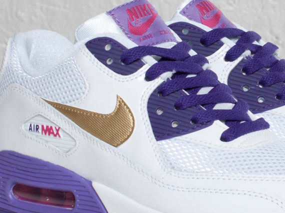 purple and white air max 90