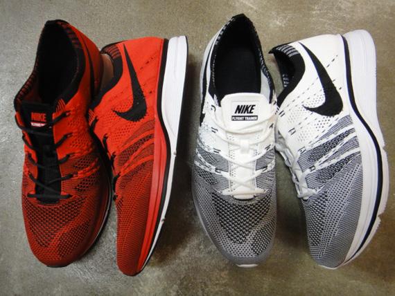 Nike Flyknit Trainer Black White