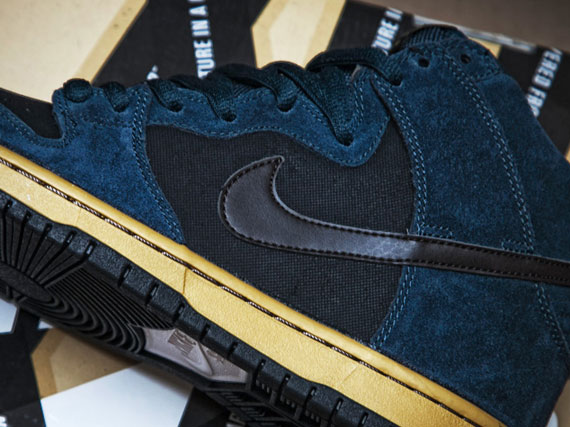 cd63ac8d64f2 Nike SB Dunk High - Classic Charcoal - Tar - SneakerNews.com