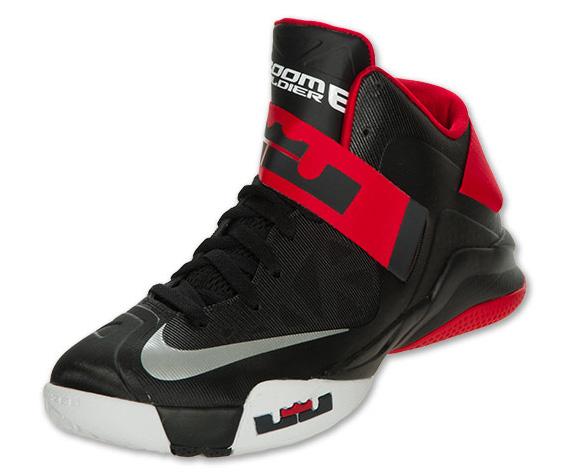 Nike Zoom LeBron Soldier VI - Black