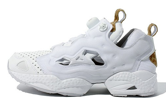 d193ac26bcd Buy white reebok pumps   OFF70% Discounted