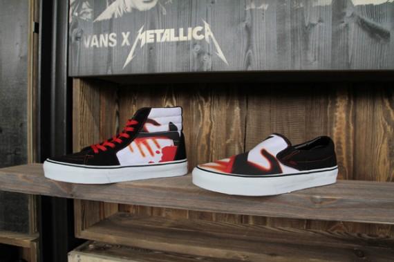 3a9baff3e1b04a Metallica x Vans Classic