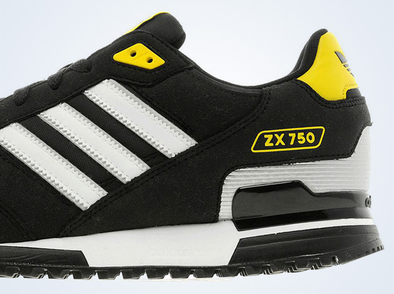 adidas zx 750 black and white