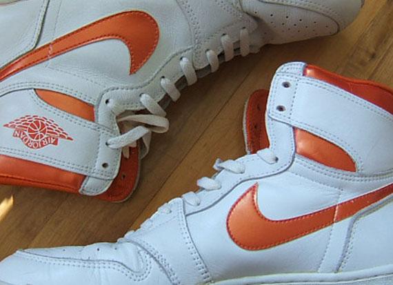 Air Jordan 1 - White - Metallic Orange