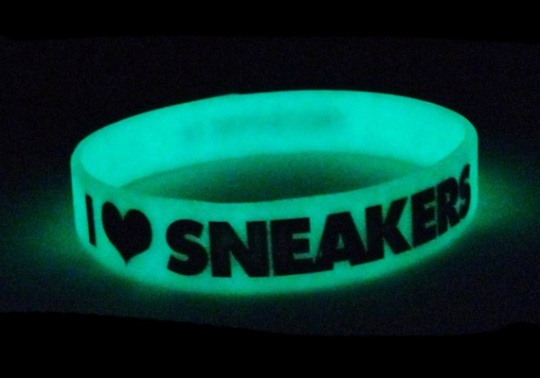 """""""I Love Sneakers"""" Wristbands"""
