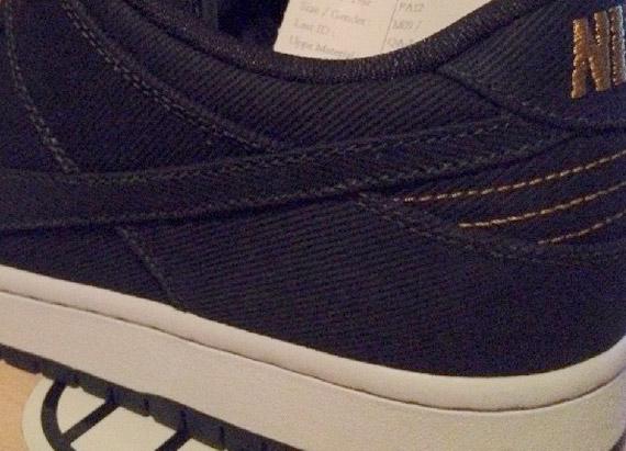 best loved f3407 f33ef Levi's x Nike SB Dunk Low - Sample - SneakerNews.com