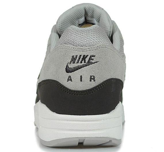 Nike Air Max 1 Granite Deep Smoke Sail