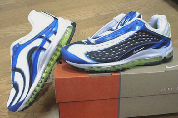 2266d41857b Nike Air Max Deluxe (1999)