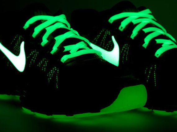827ebcb8e90d Nike Lunar TR1+ iD – Glow in the Dark Options - SneakerNews.com